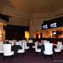 Отель Alexis Park All Suite Resort гостиничный бар