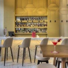 Отель NH Collection Porto Batalha гостиничный бар