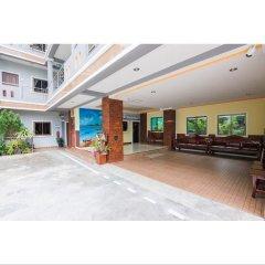 Отель T.Y.Airport Inn Таиланд, Такуа-Тунг - отзывы, цены и фото номеров - забронировать отель T.Y.Airport Inn онлайн парковка
