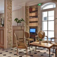 Hotel Romance Malesherbes by Patrick Hayat интерьер отеля