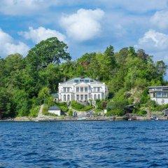 Отель Villa Charlotte Берген приотельная территория