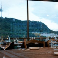 Отель Double A Южная Корея, Сеул - отзывы, цены и фото номеров - забронировать отель Double A онлайн гостиничный бар