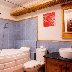 Отель Lush Home Saigon ванная
