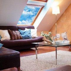 Апартаменты Absynt Apartments Old Town комната для гостей