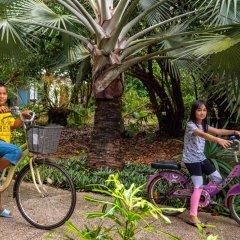 Отель Koh Jum Beach Villas спортивное сооружение