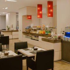 Отель NH Genova Centro питание