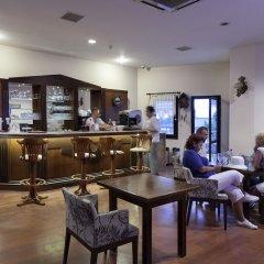 Отель Golden Age Bodrum - All Inclusive гостиничный бар