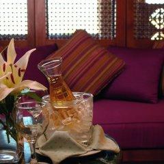 Отель Movenpick Resort & Spa Dead Sea в номере