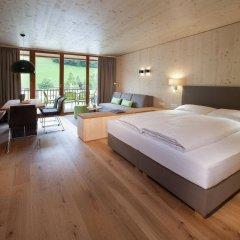 Отель Hells Ferienresort Zillertal Австрия, Фюген - отзывы, цены и фото номеров - забронировать отель Hells Ferienresort Zillertal онлайн комната для гостей фото 2