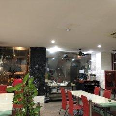 Отель VITS Patong Dynasty питание фото 3