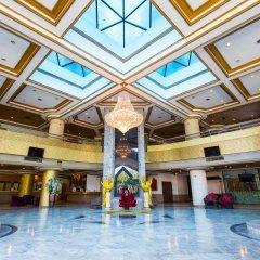 First Pacific Hotel And Convention Паттайя интерьер отеля