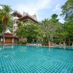 Отель Garden Home Kata бассейн