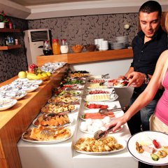 Grand Zeybek Hotel Турция, Измир - 1 отзыв об отеле, цены и фото номеров - забронировать отель Grand Zeybek Hotel онлайн питание фото 2