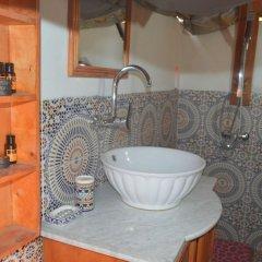 Отель Ksar Tin Hinan Марокко, Мерзуга - отзывы, цены и фото номеров - забронировать отель Ksar Tin Hinan онлайн ванная фото 2