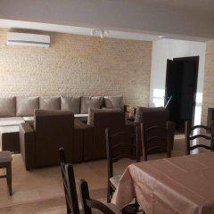 Отель Pirin Private Houses Сандански комната для гостей фото 4