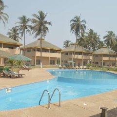 Отель Elmina Bay Resort бассейн фото 2