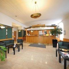 Отель Best Western City Hotel Moran Чехия, Прага - - забронировать отель Best Western City Hotel Moran, цены и фото номеров интерьер отеля