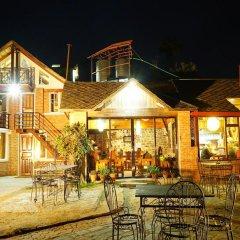 Отель at the End of the Universe Непал, Нагаркот - отзывы, цены и фото номеров - забронировать отель at the End of the Universe онлайн питание
