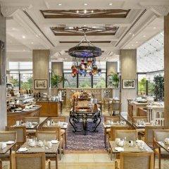 Hilton Istanbul Bosphorus Турция, Стамбул - 5 отзывов об отеле, цены и фото номеров - забронировать отель Hilton Istanbul Bosphorus онлайн питание фото 3