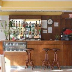 Hotel Laurence гостиничный бар фото 2