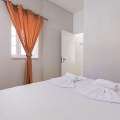 Отель Cozy Flat in the Heart of Alfama Португалия, Лиссабон - отзывы, цены и фото номеров - забронировать отель Cozy Flat in the Heart of Alfama онлайн комната для гостей фото 3