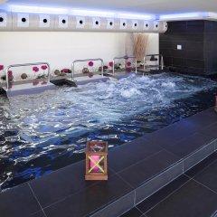 Отель Barceló Valencia Испания, Валенсия - 1 отзыв об отеле, цены и фото номеров - забронировать отель Barceló Valencia онлайн бассейн фото 2