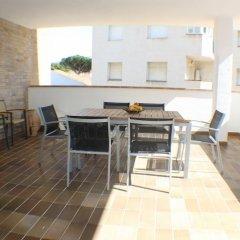 Отель Agi las Acacias Испания, Курорт Росес - отзывы, цены и фото номеров - забронировать отель Agi las Acacias онлайн фото 2