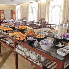 Отель Maciá Alfaros питание