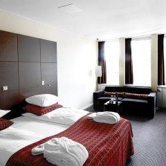 Отель The Square Дания, Копенгаген - отзывы, цены и фото номеров - забронировать отель The Square онлайн комната для гостей фото 3