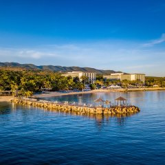 Отель Hilton Rose Hall Resort and Spa Ямайка, Монтего-Бей - отзывы, цены и фото номеров - забронировать отель Hilton Rose Hall Resort and Spa онлайн приотельная территория фото 2
