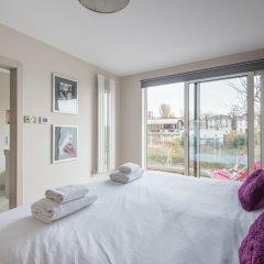 Отель Bright Family Home in Primrose Hill Великобритания, Лондон - отзывы, цены и фото номеров - забронировать отель Bright Family Home in Primrose Hill онлайн комната для гостей фото 5