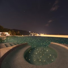 Отель The View Phuket бассейн