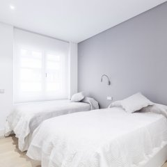 Апартаменты Velazquez Apartments by FlatSweetHome Мадрид комната для гостей