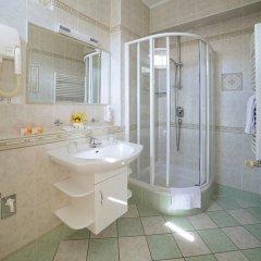 Отель FESTIVAL Hotel Apartments Чехия, Карловы Вары - отзывы, цены и фото номеров - забронировать отель FESTIVAL Hotel Apartments онлайн ванная фото 7
