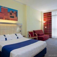 Отель Holiday Inn Express Parma Парма комната для гостей фото 2