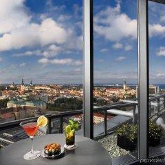 Отель Radisson Blu Sky Эстония, Таллин - 14 отзывов об отеле, цены и фото номеров - забронировать отель Radisson Blu Sky онлайн питание