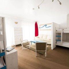 Laneez Ericeira Surf House - Hostel детские мероприятия фото 2