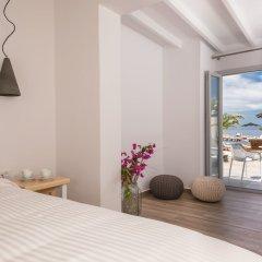 Отель Mediterranean Beach Palace Hotel Греция, Остров Санторини - отзывы, цены и фото номеров - забронировать отель Mediterranean Beach Palace Hotel онлайн балкон