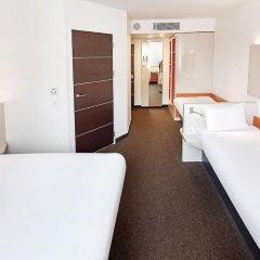 Отель B&B Hotel Lódz Centrum Польша, Лодзь - отзывы, цены и фото номеров - забронировать отель B&B Hotel Lódz Centrum онлайн комната для гостей фото 2