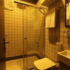 Taksim Terrace Hotel Стамбул ванная фото 2