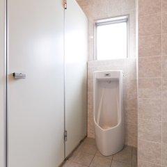 Отель 81's Inn Fukuoka - Hostel Япония, Хаката - отзывы, цены и фото номеров - забронировать отель 81's Inn Fukuoka - Hostel онлайн ванная фото 2