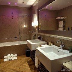 Отель Seven Stars Galleria Италия, Милан - отзывы, цены и фото номеров - забронировать отель Seven Stars Galleria онлайн ванная