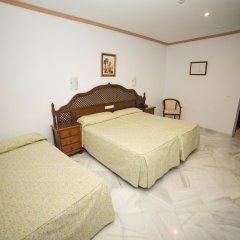 Los Omeyas Hotel комната для гостей
