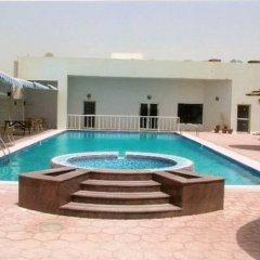 Отель Ewan Hotel Sharjah ОАЭ, Шарджа - отзывы, цены и фото номеров - забронировать отель Ewan Hotel Sharjah онлайн бассейн