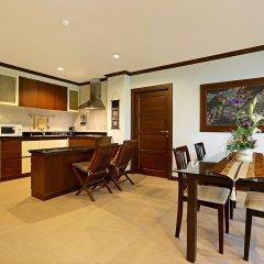 Отель Karon View Royal Lotus в номере
