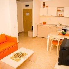 Апартаменты VM Apartments Royal Sun комната для гостей фото 4