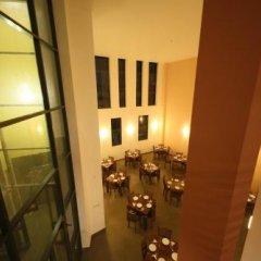 Отель Golden Pier City Hotel Шри-Ланка, Коломбо - отзывы, цены и фото номеров - забронировать отель Golden Pier City Hotel онлайн интерьер отеля фото 2