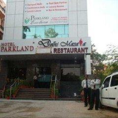 Отель Parkland Prashant Vihar Индия, Нью-Дели - отзывы, цены и фото номеров - забронировать отель Parkland Prashant Vihar онлайн городской автобус