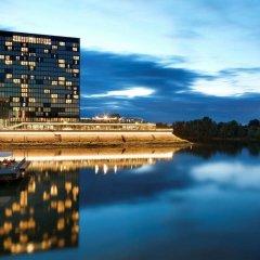 Отель Hyatt Regency Düsseldorf Германия, Дюссельдорф - отзывы, цены и фото номеров - забронировать отель Hyatt Regency Düsseldorf онлайн приотельная территория фото 2