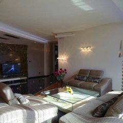 Отель Emirates Apart Residence София комната для гостей